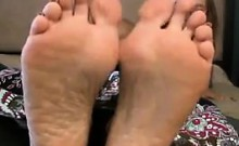 Pretty Chick Shows Off Her Feet Close UP