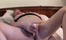 Lustful mature gets soaked wet twat fingered