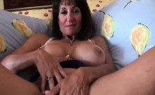 Nice milf gets creampied