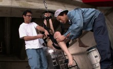 Subtitled uncensored CMNF ENF Japanese group vacuum play