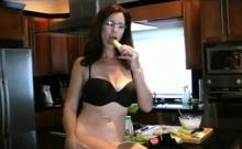 Hairy Milf Has Fun On Webcam Masturbate