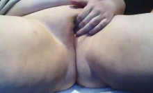 BBW Rubs Her Thick Pussy