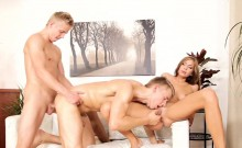 Bisexual jock pounded hunk in mmf threeway