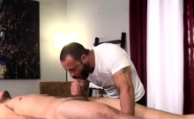 Masseur Fucked By Shlong