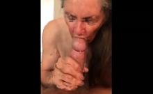 Granny Makes Handjob For Eat Sperm 02